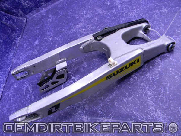 2007 rmz250 rear swing arm rear link